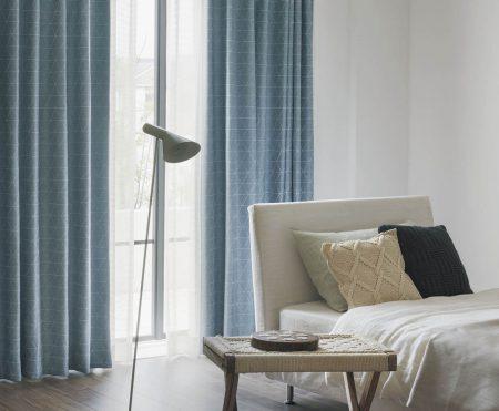 寝室 遮光カーテン ブルー