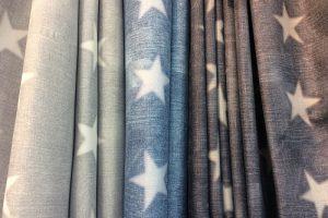 星柄のカーテン