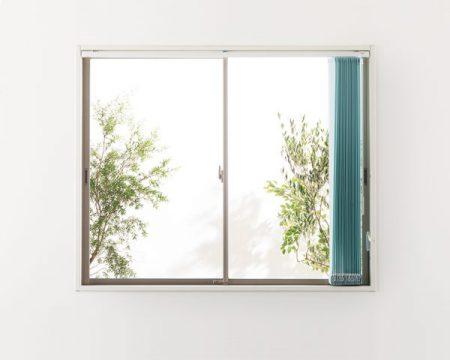 縦型ブラインド 窓枠内天付け