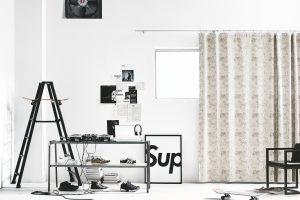 一人暮らし アイボリー系 シンプル カーテン